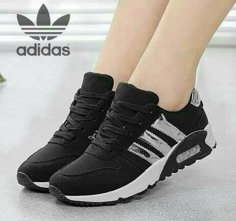 harga Sepatu olahraga wanita cewek cewe adidas hitam sekolah boots boot flat Tokopedia.com