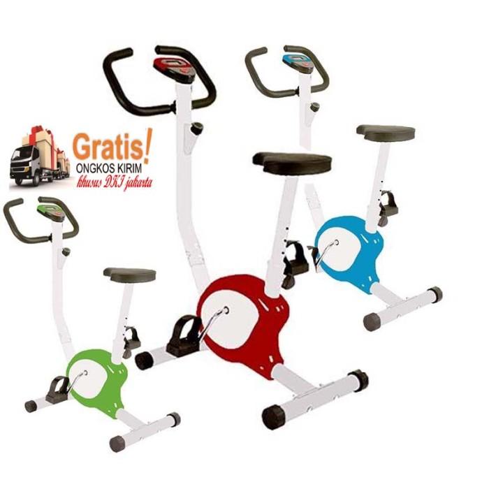 Total Fitness Sepeda Statis Belt TL 8215 Biru Sepeda Kardio Source · Sepeda statis belt fitnes