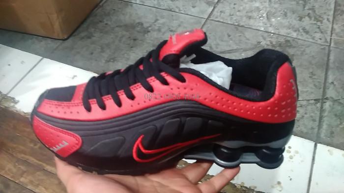 Jual Sepatu Pria Nike Shock Shox Shok R4 Black Red Basket Import ... 8138878486