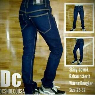 celana jeans dc/skiny cowok biru dongker Baru | Celana Jeans / Denim