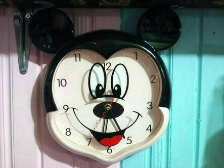 Jual Jam dinding karakter Mickey mouse - Be Bears  f887ecad43