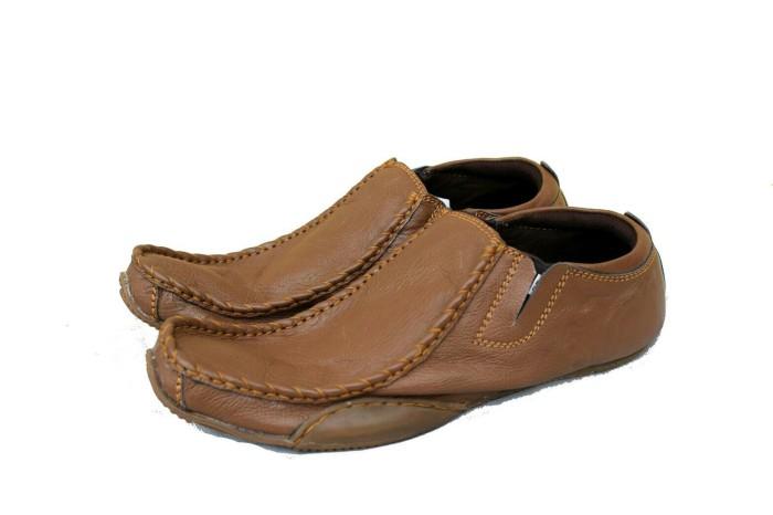 harga Sepatu casual pria sepatu blackmaster ferari low slop Tokopedia.com