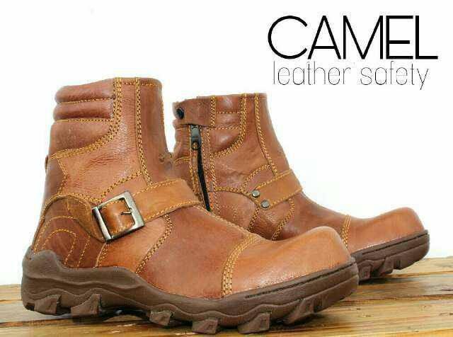 harga Sepatu proyek boots safety camel original promo casual pria kulit asli Tokopedia.com