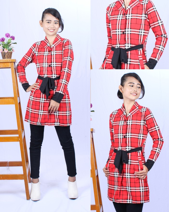Foto Produk Long Coat Red Berry dari Princilia