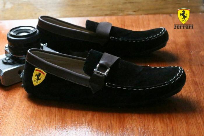 harga Sepatu slip on pria/ferrari casual/sneakers/sepatu santai original Tokopedia.com