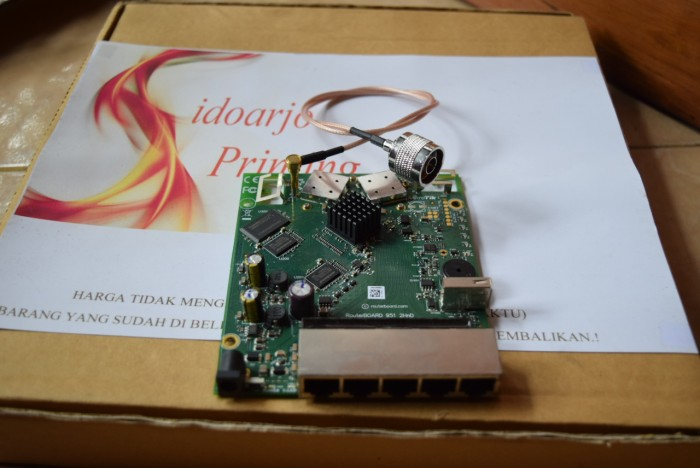 harga Pigtail routerboard mikrotik rb951uipigtail mikrotik rb951 n male Tokopedia.com