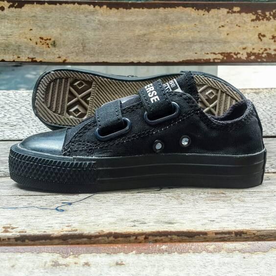 Jual sepatu anak converse full hitam - 30 - sepatuanakkeren  6087837163