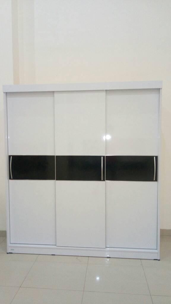 harga Lemari pakaian 3 pintu sliding glossy hpl Tokopedia.com
