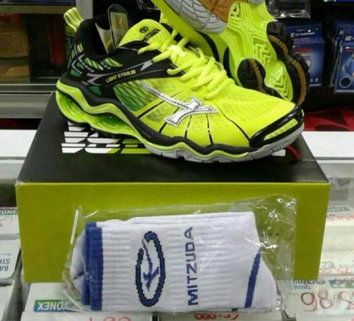 100% original · Sepatu Volley   Volly  Voli Mitzuda Light Star 3 ! 100 3f3a6d4299