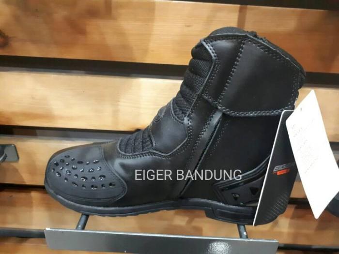 harga Sepatu eiger w166 riding series fastener Tokopedia.com
