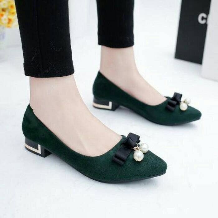 flat shoes cantik pita mutiara hijau, sepatu sandal pesta kerja wanita