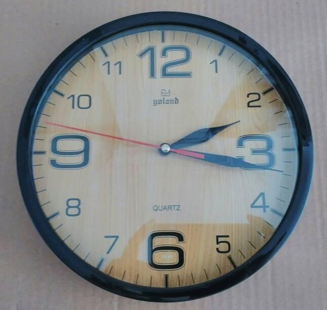 Jam dinding (gambar bisa custom)