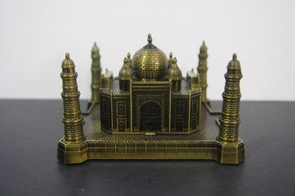harga Miniatur metal taj mahal - souvenir dari negara india Tokopedia.com