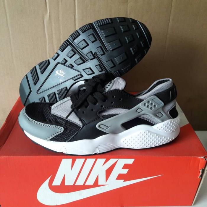 Jual Sepatu Nike Air Huarache Pria Dan