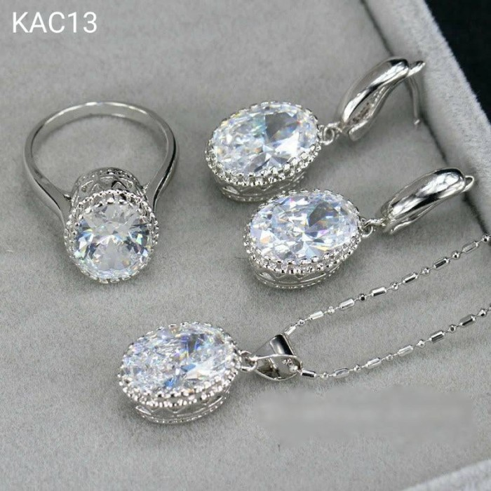 Set Kalung Anting Cincin Lapis Emas 18k Austrian Crystal KAC13