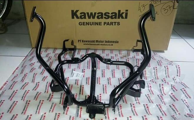harga Breket fairing ninja rr new ori kawasaki Tokopedia.com