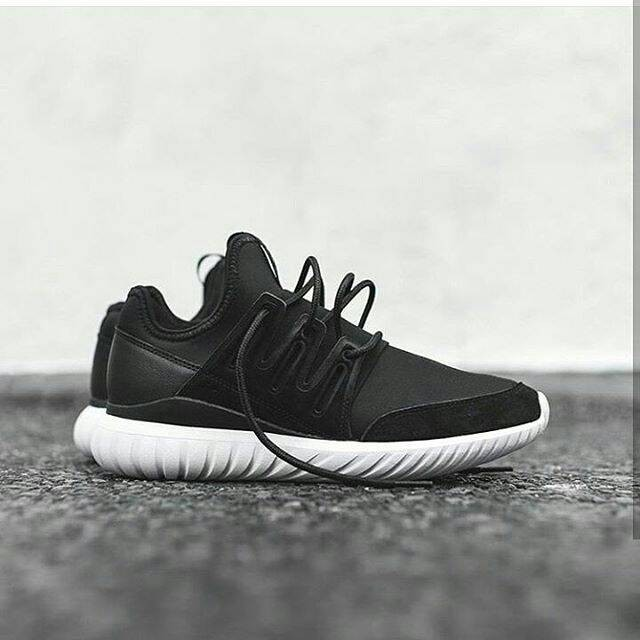 "Adidas Doom Tubular Radial "" Black White "" Premium Original Sepatu gym"