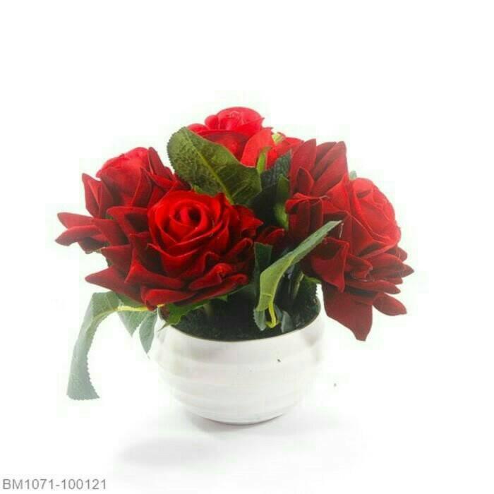 harga Buket bunga mawar/bunga meja/hiasan meja/bunga hias/bunga dan vas Tokopedia.com