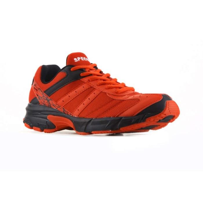 Specs 200410 Sepatu Running VINSON MASSIF - Merah Hitam