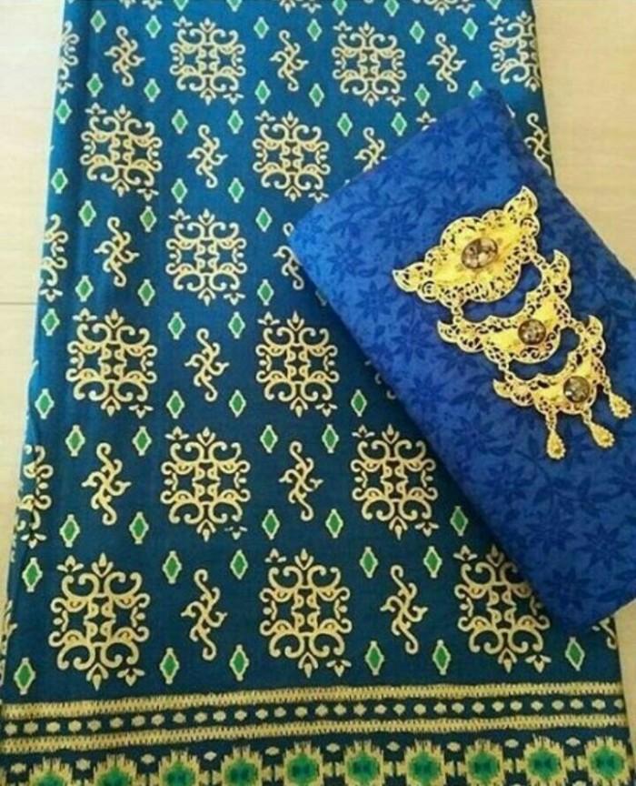 Kain Batik Embos Prodo/Pra Da Motif Kalimantan