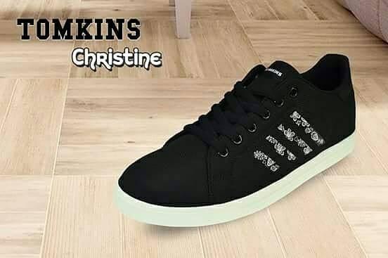 Sepatu Olahraga - Sneakers Wanita 5a5aa6c39c