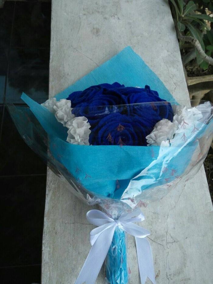 Jual Roses Bouquet Buket Bunga Mawar Biru Dongker Dari Kain Flanel Putih Kab Probolinggo Handmade Flower Store Tokopedia