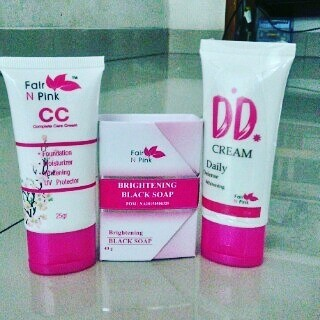 Fair N Pink, Ertos, Glutacol ( @fdrshopee_kosmetik ). Source · FAIRNPINK PAKET PERAWATAN WAJAH CANTIK BERSINAR