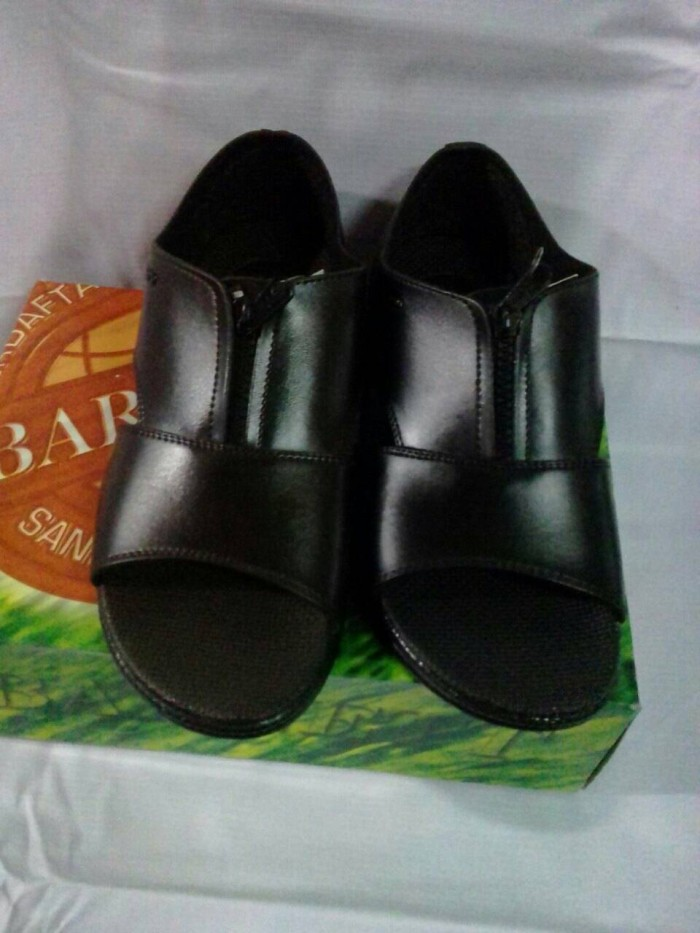 harga Sandal sepatu merk barnet Tokopedia.com
