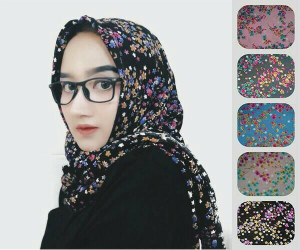 Hijab/jilbab/kerudung segiempat motif shabby/bunga zara 4