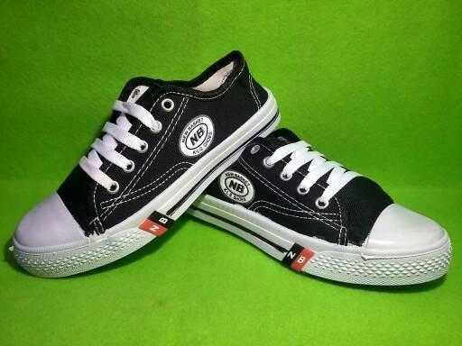 harga Sepatu sekolah nb pendek hitam putih/sd/smp/perempuan/anak2/cowok Tokopedia.com