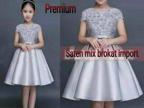 Foto Produk Dress Gray Jeslyn Kid Baju Anak Perempuan Lucu dari Carol R. Duncan Store
