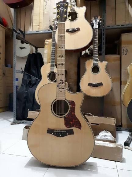 Gitar Akustik Taylor Natural Glossy