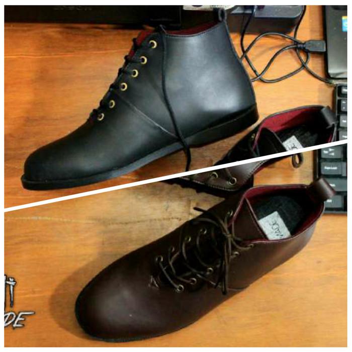 harga Sepatu sneakers boots kickers / sepatu casual boots pria murah Tokopedia.com