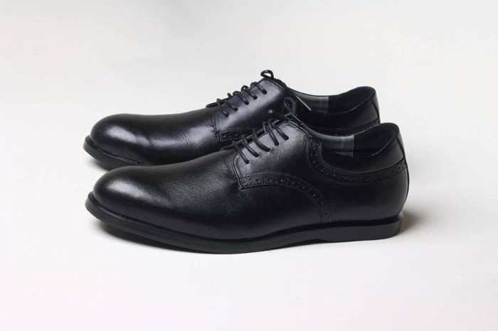 harga Sepatu Kulit Asli Model Orlando (pantofel/delta/bally/kickers/boots Tokopedia.com