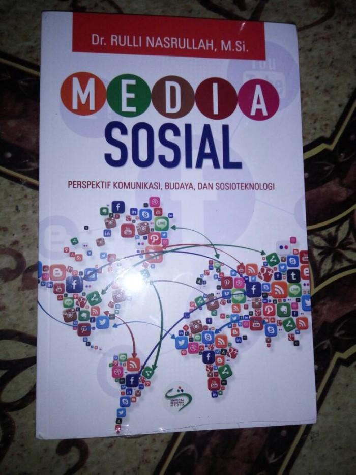 media sosial perspektif komunikasi, budaya dan sosioteknologi