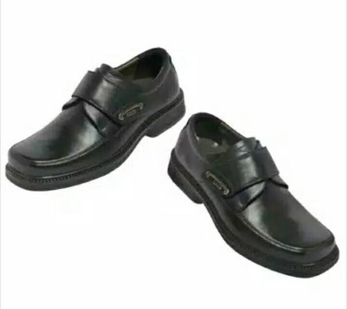 harga Sepatu gats rf velcro 100% ori Tokopedia.com