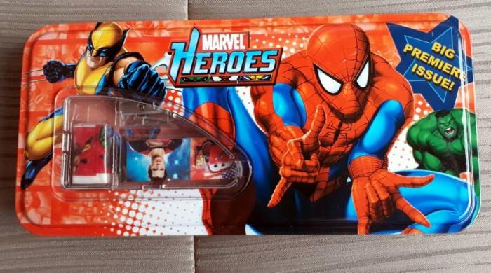 Tempat Pensil Set Kotak Pensil Set Marvel Heroes Spiderman Merah