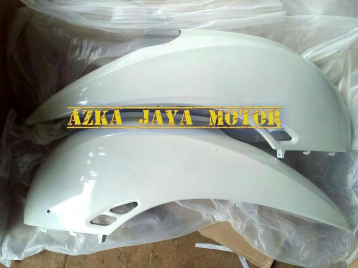 harga Cover body samping honda scoopy lama karbu warna putih kanan kiri Tokopedia.com