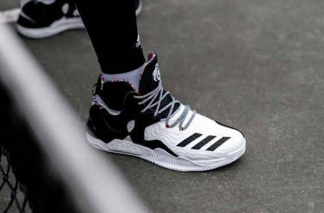 harga Sepatu basket adidas rose 7 white black bhm Tokopedia.com