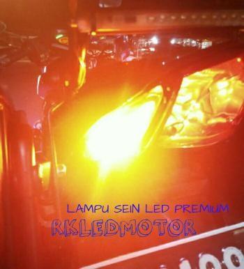 Lampu led sein t10 strobo canbus bergaransi | lampu sen led t10 |