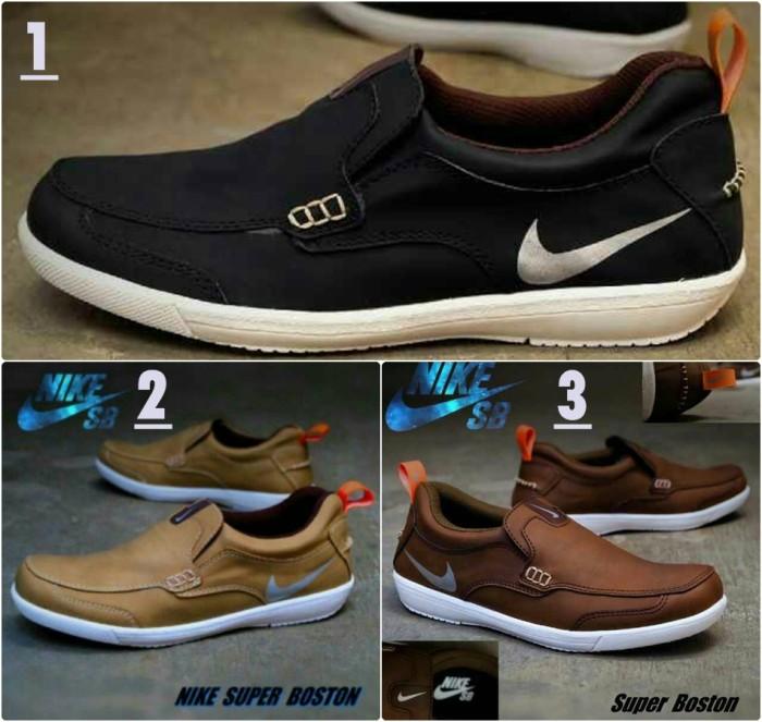 Jual Sepatu Bagus Nike Slop Boston Sepatu Santai Pria Ori Vietnam ... 29a007e4f8