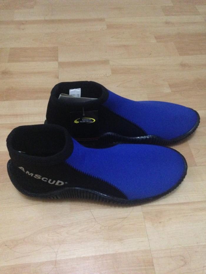 harga Alat selam sepatu selam merk amscud tahiti untuk di karang ,pantai dll Tokopedia.com