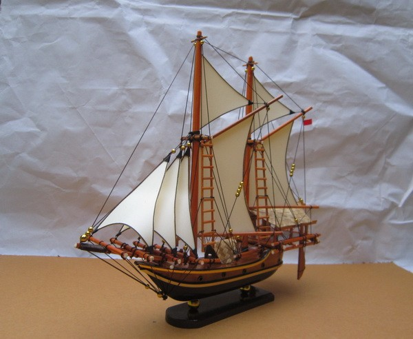 harga Miniatur kapal laut layar pinisi | kado souvenir unik eksklusif murah Tokopedia.com