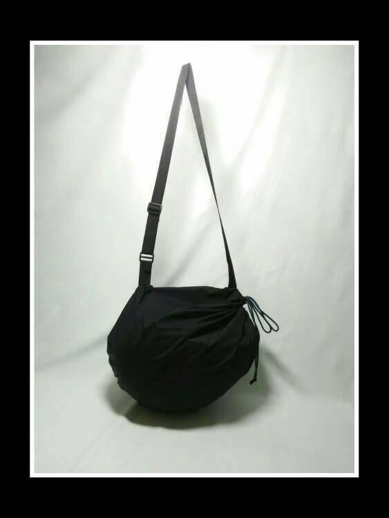 harga Tas helm - helm bag - drybag helm - tas selempang helm - waterproof Tokopedia.com