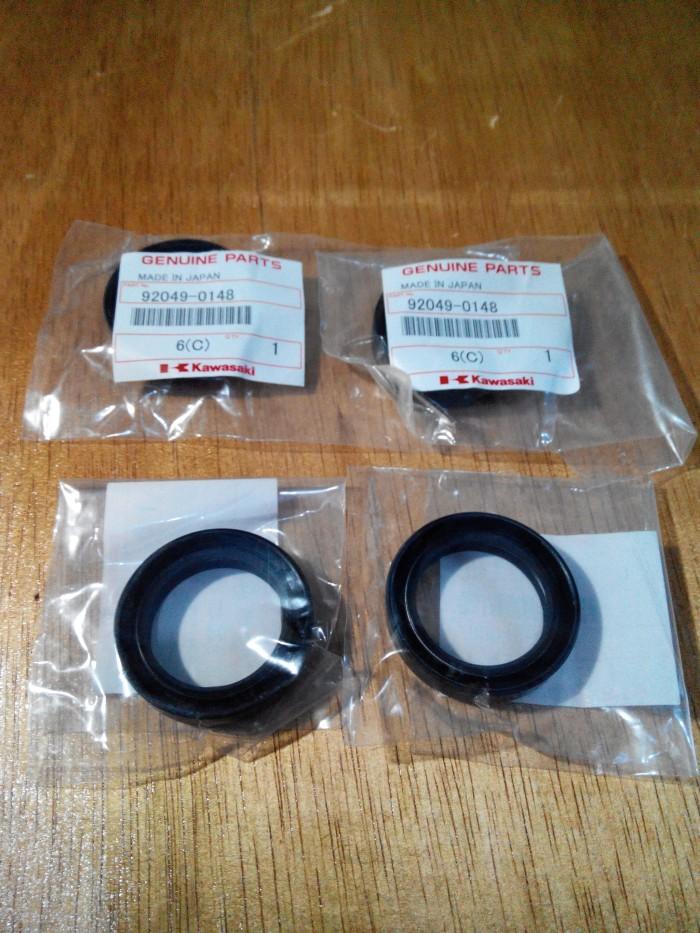 harga Seal Shock Depan Ori Kawasaki KLX 150 BF Tokopedia.com