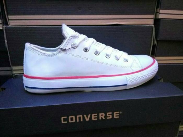 Jual Sepatu Converse All Star Leather Kulit Putih List Grade Ori ... bf18656d38