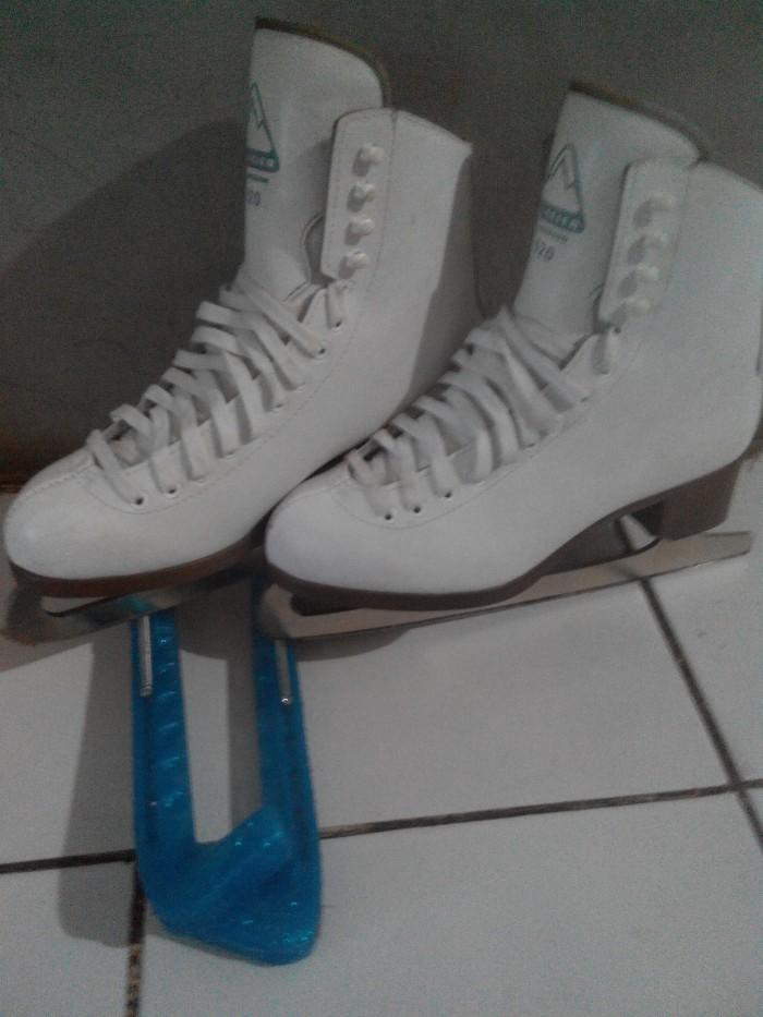 harga sepatu ice skating Tokopedia.com