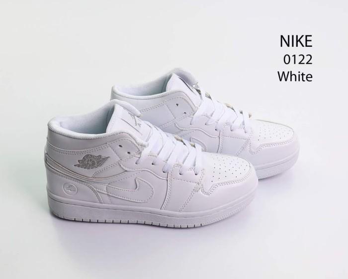 Sepatu nike sport air jordan basket putih semi ori 0122 94b8b433a5