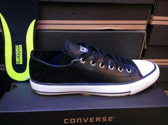 Jual Sepatu Converse All Star Leather Kulit Hitam Clasic Grade Ori ... edb588c7f0