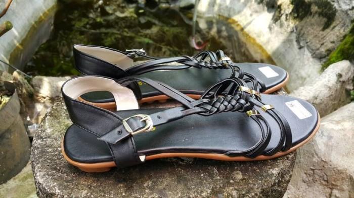 Sepatu Wanita / Cewek SANDAL FLAT TALI KEPANG LILIT HITAM